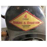 Hit & Miss Engine, 4 cycle Briggs & Stratton, gas