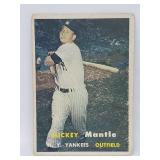 1957 Topps # 95 - Mickey Mantle