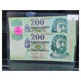 2 1998 Budapest 200 Forint Bills