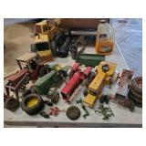 Ertl Toy Tractors, Minneapolis Moline, JD John Deere, Case IH International