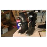 MSR Motorcycle Racing Boots Sz 11 w Fox Shin Pads