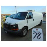 Light Duty Trucks - Vans - Reefer 2011 GMC SAVANA