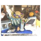 Assortment of miscellaneous items