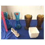 4 vases, shoe, & white vase