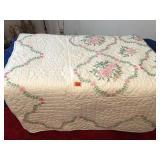 Machine stitched quilt 82 x 94