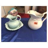 2 pitchers & bowl