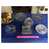 Assortment of glassware items