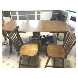 Kitchen table & 2 chairs 72 x 36 (2 leaves are