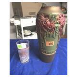 2006 Kentucky Oaks glass & vase