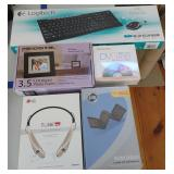 New Electronics in Box, incl. wireless keyboard