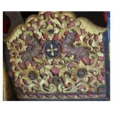 Ancient Chinese Resting Bed w. Gold Leaf, Claw Fee