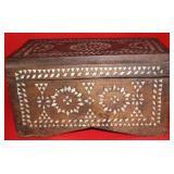 "Vintage Wooden Trinket Box w. Pearl In-lay 11x5"""