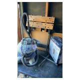 Black And Decker Work Bench Shop Vac  (working