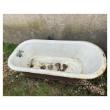 Cast Iron Porcelain Bathtub w/Feet