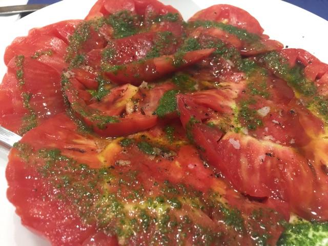 La ensalada de tomate con nuestro aliño
