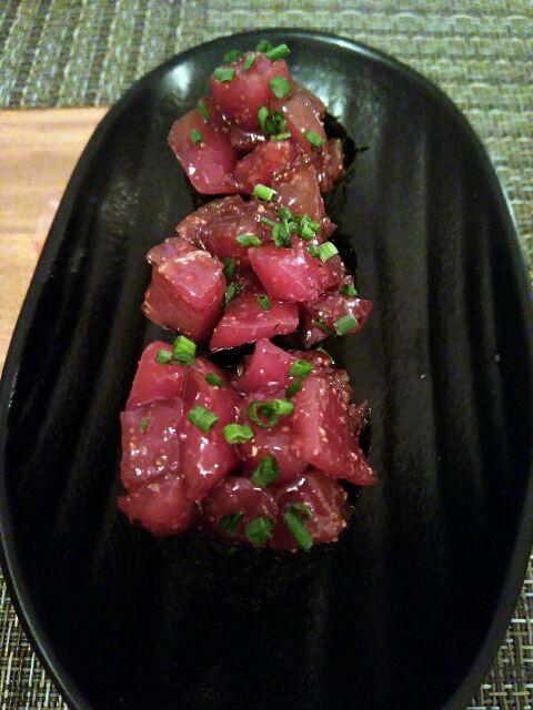 Gunkan de atún picante