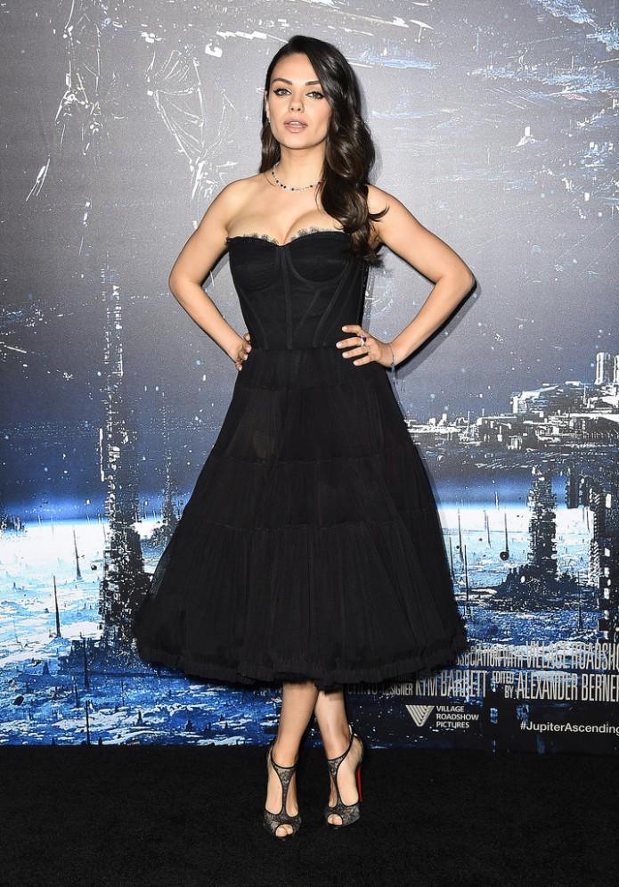 Mila-Kunis-LA-Premiere-Jupiter-Ascending (3)
