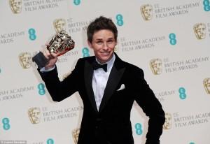 257B2D4800000578-2944913-Praise_Eddie_said_Really_this_award_belongs_to_one_incredible_fa-a-152_1423436706935