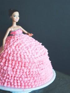 rihanna-cake-3-600x800