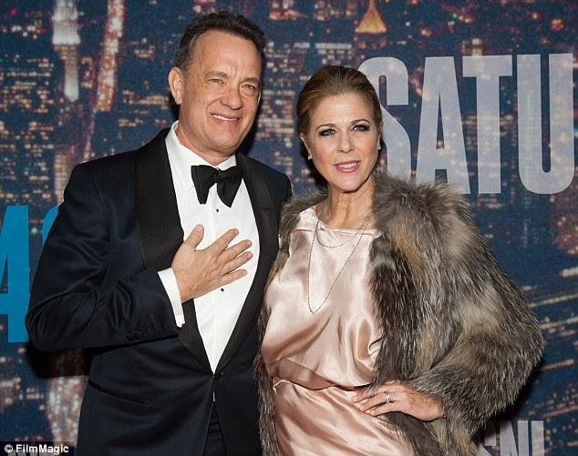 27910DB900000578-3038458-By_her_side_Rita_Wilson_who_is_married_to_Tom_Hanks_pictured_tog-m-17_1429026090718