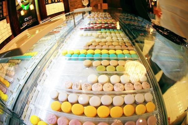 macaron_display