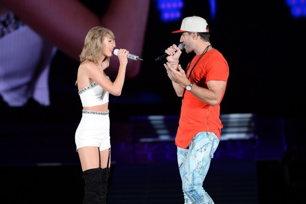 sam-hunt-taylor-swift-take-your-time-chicago