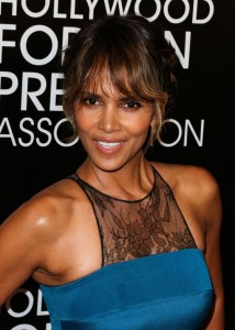 Halle-Berry-at-Hollywood-Foreign-Press-Association-Grants-Banquet-Dinner-2015