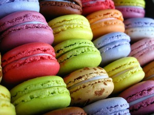 macarons-yummy-food-desserts-colorful-favim-com-463038 (1)