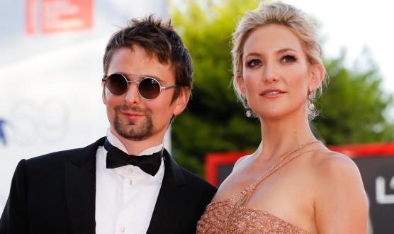 Kate-Hudson-And-Matt-Bellamy-Split-Actress-Rumored-to-Be-Dating-Derek-Hough-After-Matt-Split-556x330