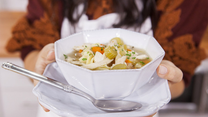 Katie Lee makes classic chicken noodle soup on TODAY, October 15, 2015.