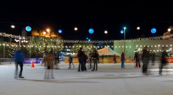 ice-skate-beneath-th-1289511492