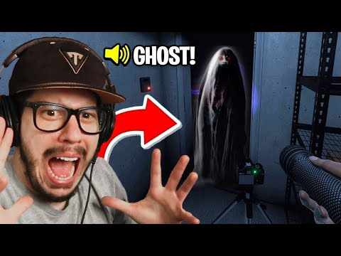 GHOST HUNTING w/ FRIENDS! (Phasmophobia)