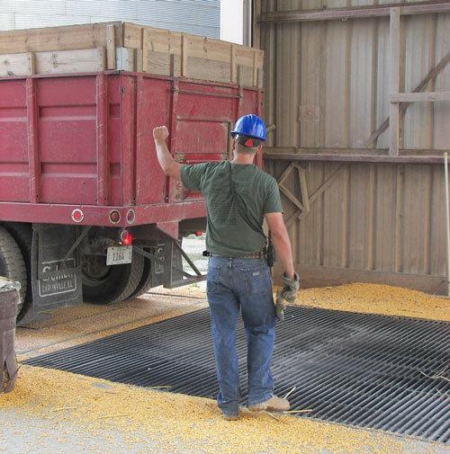 dump_truck2.jpg#asset:147818