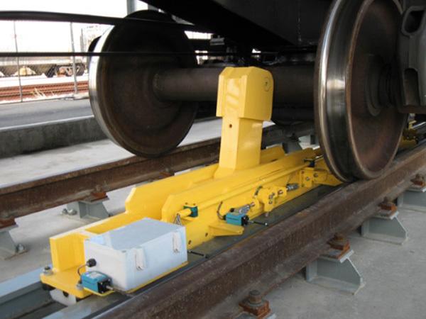 Axle-Railcar-Mover.jpg#asset:213526