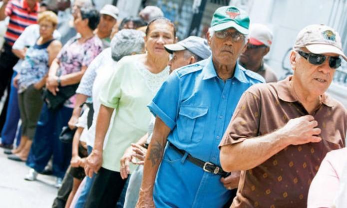noticias monterrey adultos mayores vuelven a trabajar por bajas pensiones