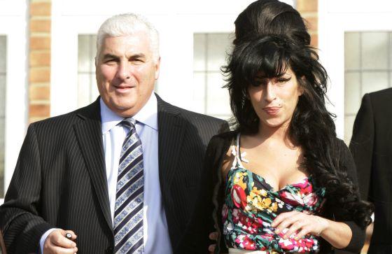 El padre de Amy Winehouse busca venganza