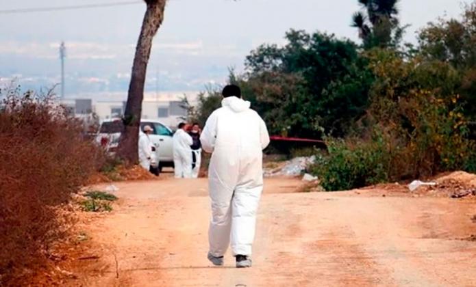Reporta estado fosa con 56 cuerpos en García