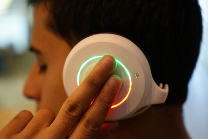Mexicanos crean audífonos para apoyar a niños autistas