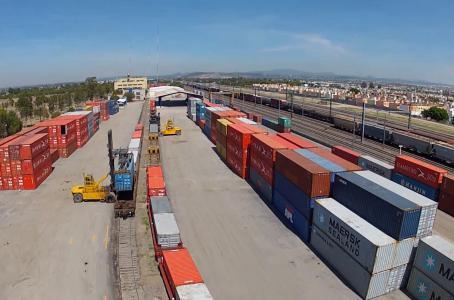 El 'martillo comercial' de Trump que busca golpear a China y México