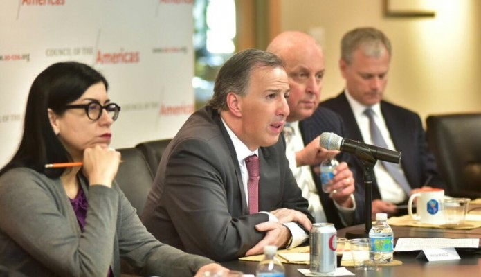 En Washington, Meade destaca fortalezas de la economía mexicana