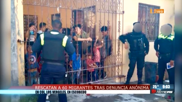 Rescatan a 60 migrantes tras denuncia anónima