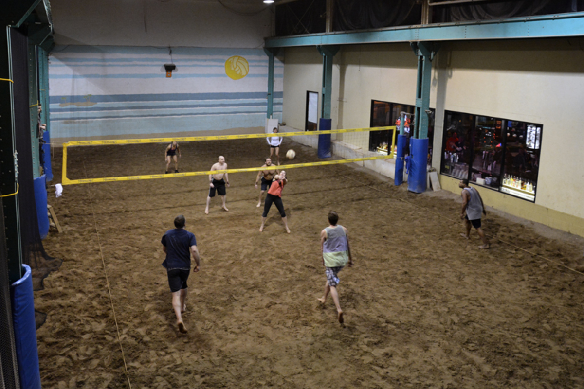 Hot Shots Volleyball Facility Renting Sand Courts Indoor Courts Rochester Ny Gym Reservations Rentals Athletic Facility Space Places To Play Spotz