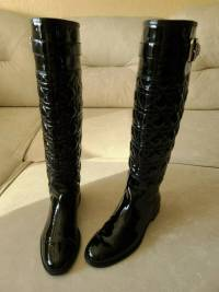 Christian Dior Cannage Quilted High Flat Boots