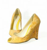 Fendi snakeskin Wedges