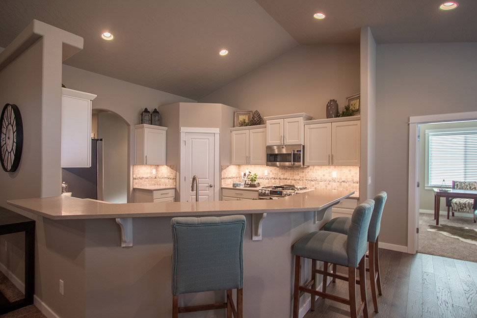Hayden Homes reserves the right to modify floor plans, elevations, materials, design and prices at any time. Dimensions and square footage are approximate.