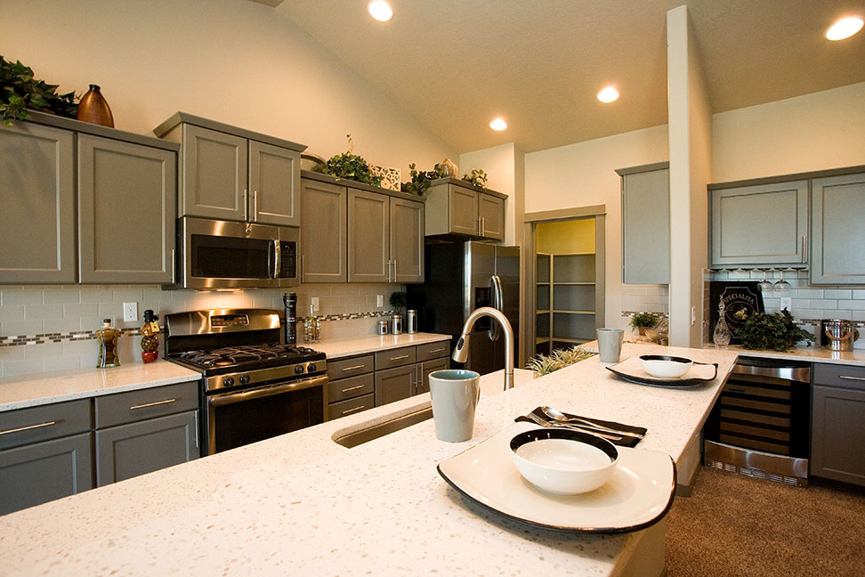 hayden homes reserves the right to modify floor plans elevations materials design and prices at any time dimensions and square footage are approximate - Orchard Kitchen