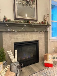 Tips for Decorating The Fireplace Mantel