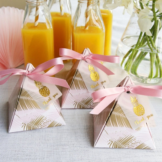 Top 4 Creative Ideas about Pyramid Favor Boxes