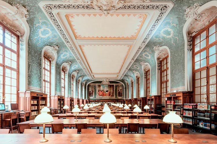 La Sorbonne, Paris: Photography Inspiration by Ludwig Favre
