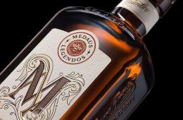 Beautiful Label & Packaging for Midaus Nektaras Liqueur